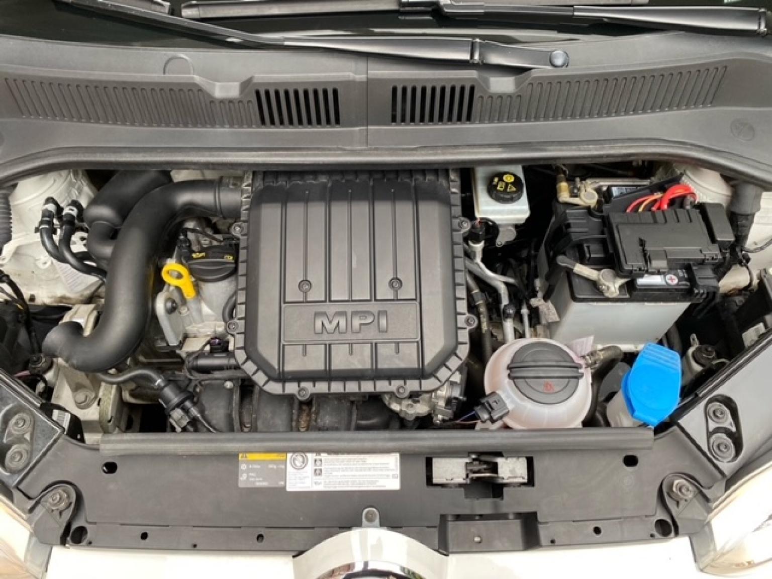 Volkswagen-up!-34