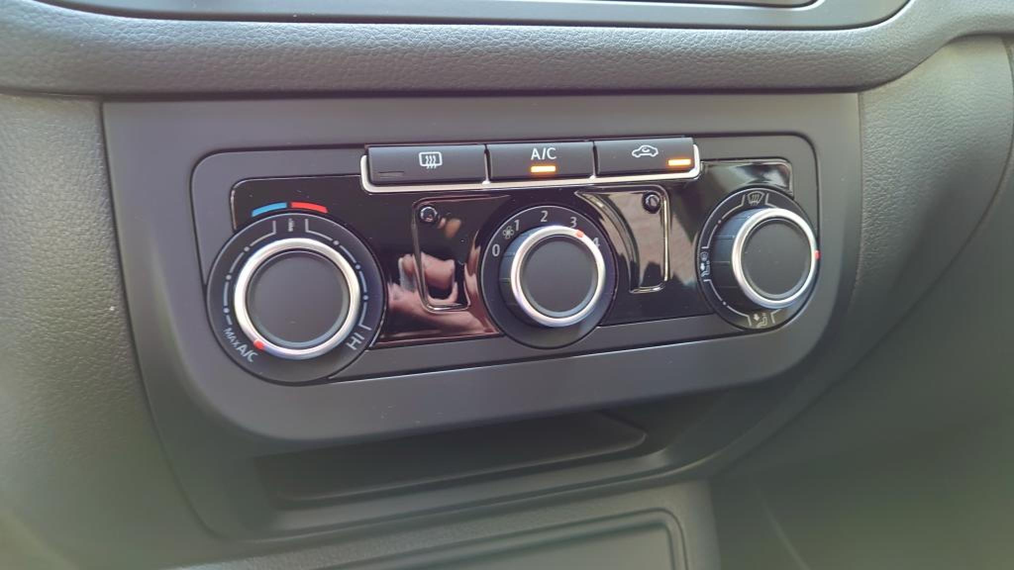 Volkswagen-Golf Plus-14